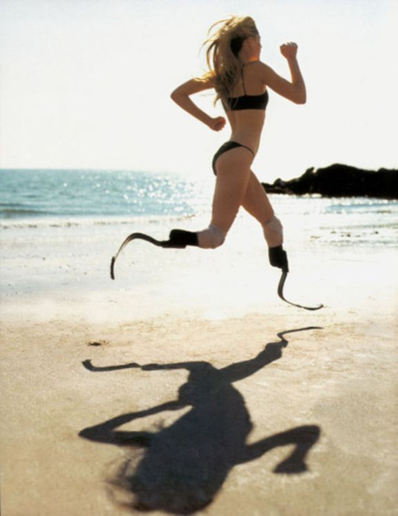 Running-beyond-obstacles-Aimee-Mullins