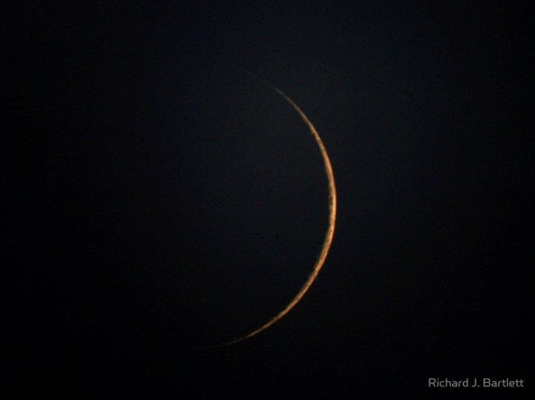waxing-crescent-moon-4