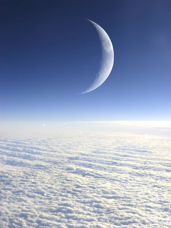 waxing-crescent-moon-6