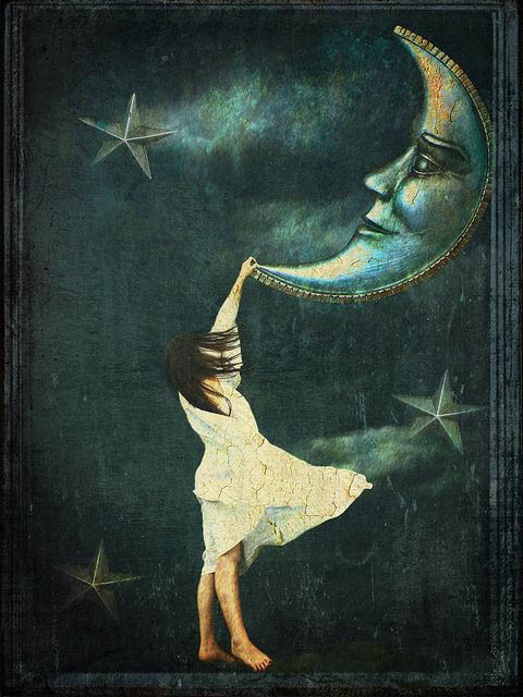waxing-crescent-moon-with-woman-stars